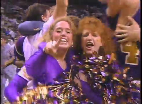 uni cheerleaders.png